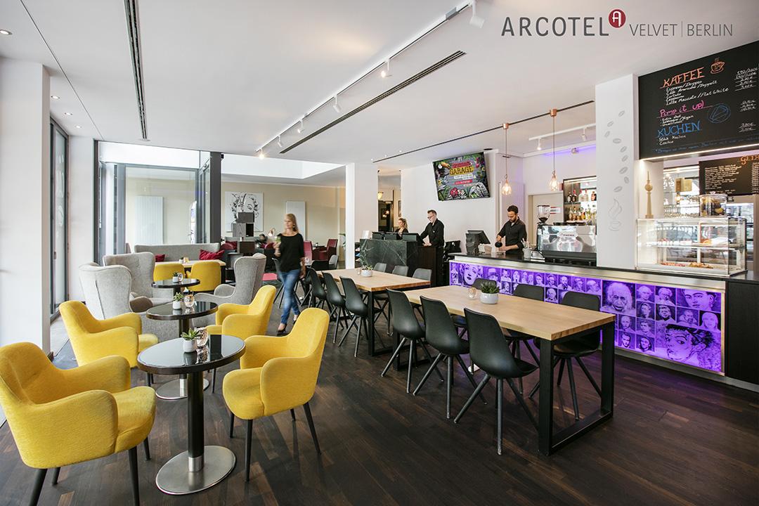 Arcotel velvet berlin artmasters for Trendige hotels in berlin